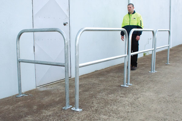 double rail u bars fully welded double rail u bars image bollards. Black Bedroom Furniture Sets. Home Design Ideas