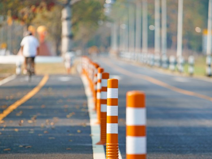 How Can Flexible Plastic Bollards Prevent Car Accidents?