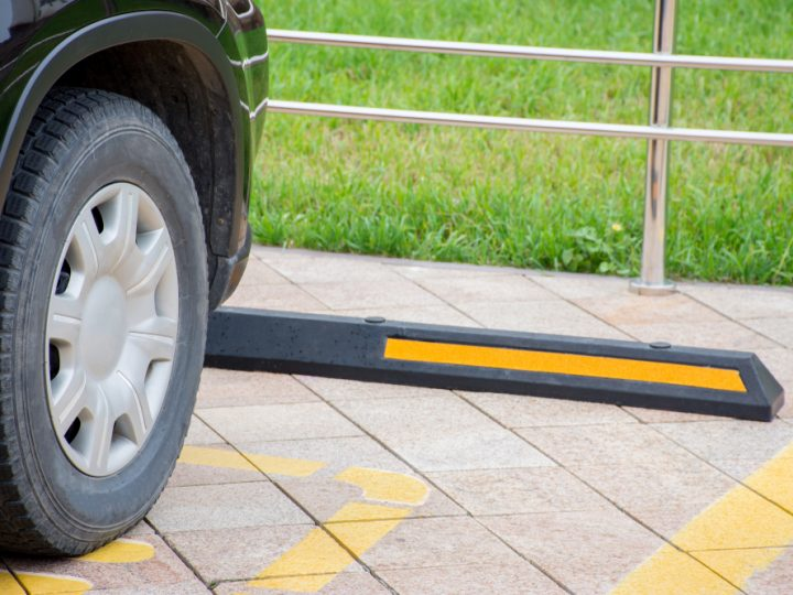 How to choose & install your Rubber Wheelstops